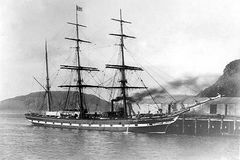 The 898gt Mataura was built in 1868 by Aitken & Mansel at Whiteinch as the Dunfillan for Wm. Ross & Co., joining NZSSCo in 1873. In 1895 she was sold to Capt. Bruusgaard of Drammen, Norway and renamed Alida. On 24th August 1900 she was dismasted in the Pacific and abandoned.